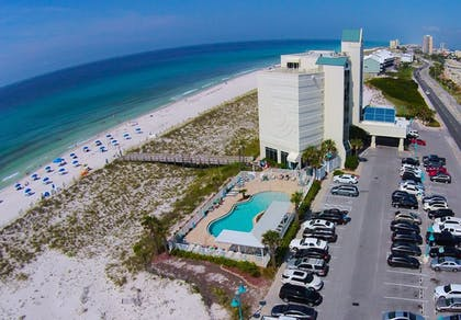 Outdoor Pool | Holiday Inn Express Pensacola Beach