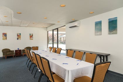 Meeting Facility | Cerulean Hotel, a Running Y Property