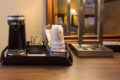 In-Room Coffee | Cerulean Hotel, a Running Y Property
