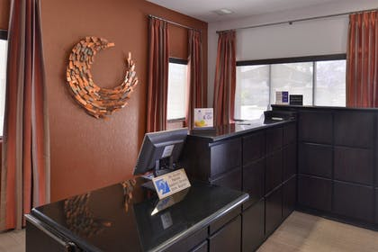 Lobby Sitting Area | Best Western Royal Palace Inn & Suites