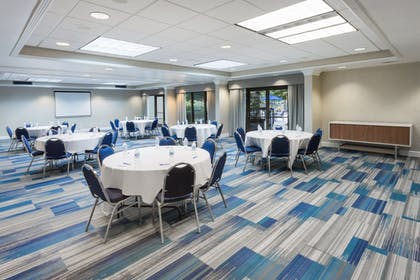 Banquet Hall | Holiday Inn Express Hotel & Suites Wilmington-University Ctr