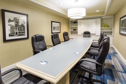 Meeting Facility | Holiday Inn Express Hotel & Suites Wilmington-University Ctr