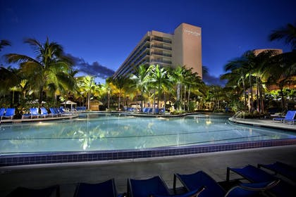 Featured Image | The Double Tree by Hilton Beach Resort