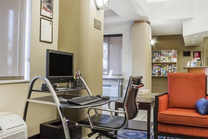 Property Amenity | Comfort Suites Old Town Scottsdale