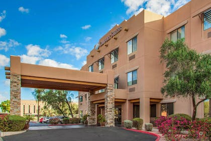 Exterior | Comfort Suites Old Town Scottsdale