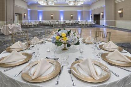 Banquet Hall | Wyndham Hamilton Park Hotel and Conference Center