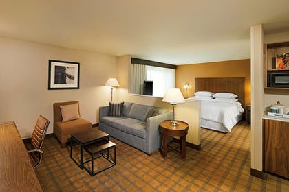 Guestroom | Four Points by Sheraton Downtown Seattle Center