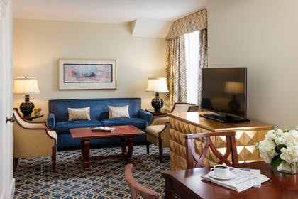 Living Area | The Francis Marion Hotel