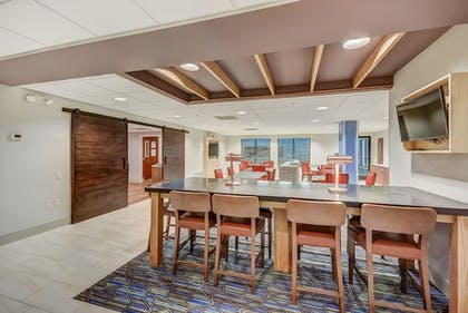 Lobby Sitting Area | Holiday Inn Express Hotel & Suites Greenville Airport