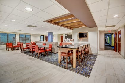 Breakfast Area | Holiday Inn Express Hotel & Suites Greenville Airport