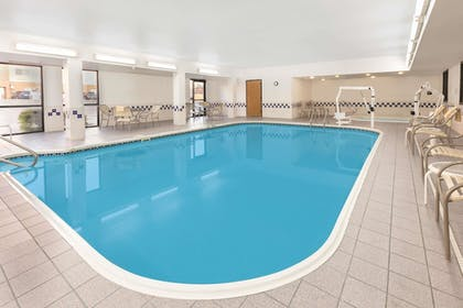 Pool | Baymont by Wyndham Oklahoma City/Quail Springs