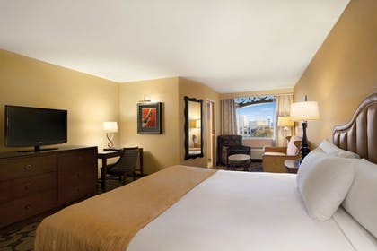 Guestroom | The Orleans Hotel & Casino