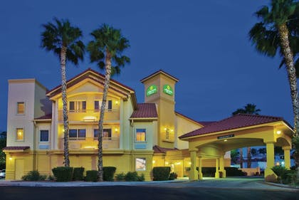 Featured Image | La Quinta Inn & Suites by Wyndham Tucson Airport