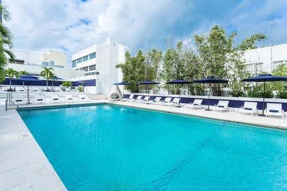 Featured Image | Albion South Beach Hotel