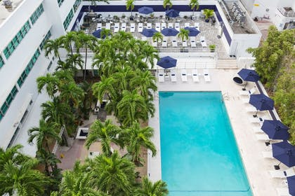 Outdoor Pool | Albion South Beach Hotel