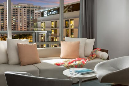 | The Gates Hotel South Beach - a DoubleTree by Hilton