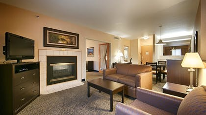 Guestroom | Best Western Plus Grant Creek Inn