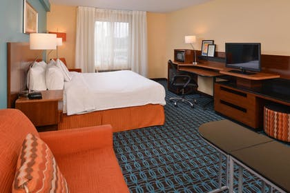 Guestroom | Fairfield by Marriott St Charles