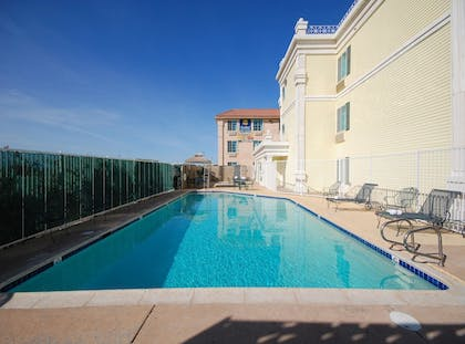Pool | Best Western El Centro Inn