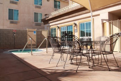 Outdoor Pool | Best Western El Centro Inn