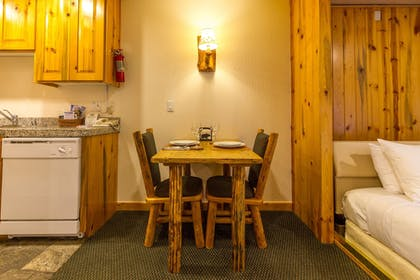 In-Room Dining | Red Wolf Lodge At Squaw Valley
