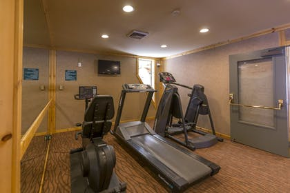 Fitness Facility | Red Wolf Lodge At Squaw Valley