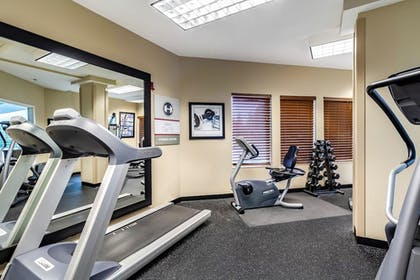 Fitness Facility | Clarion Hotel Portland Airport