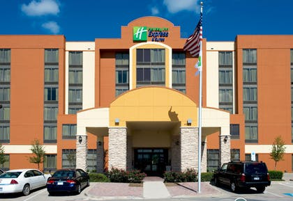Exterior | Holiday Inn Express Hotel & Suites DFW Airport South
