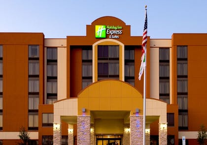 Featured Image | Holiday Inn Express Hotel & Suites DFW Airport South