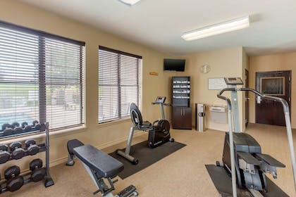 Fitness Facility   Quality Suites Sherman