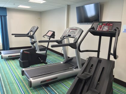 Fitness Facility | Holiday Inn Express Chicago NW - Arlington Heights