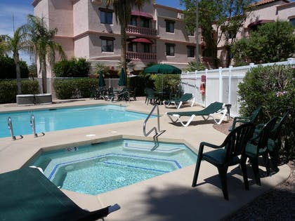 Outdoor Pool | Windmill Suites Surprise, an Ascend Hotel Collection Member