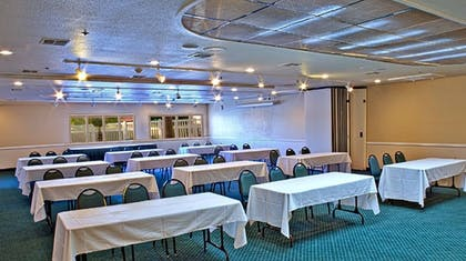 Meeting Facility | Windmill Suites Surprise, an Ascend Hotel Collection Member