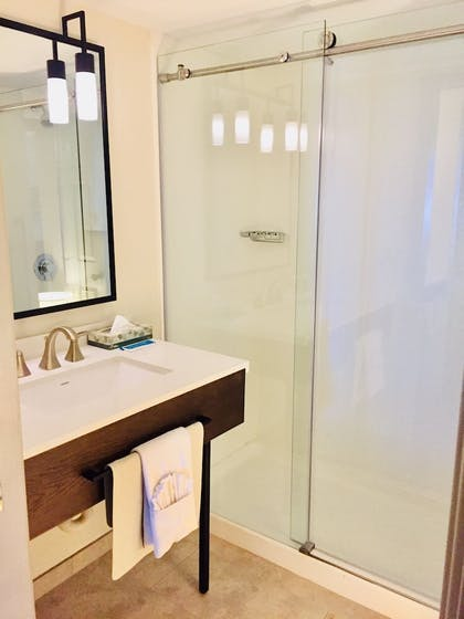 Bathroom | Windmill Suites Surprise, an Ascend Hotel Collection Member