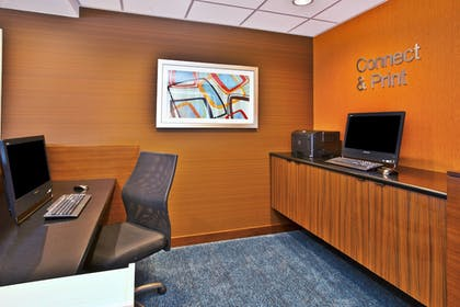 Business Center | Fairfield Inn & Suites by Marriott Madison West/Middleton