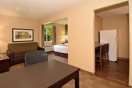 Guestroom | Extended Stay America - Montgomery - Carmichael Rd.