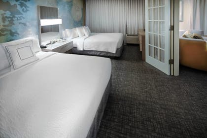 Guestroom | Courtyard By Marriott Dallas DFW Airport North/Irving