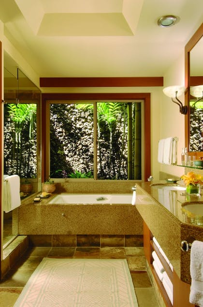 | Superior Suite - Ocean View | Four Seasons Resort Hualalai