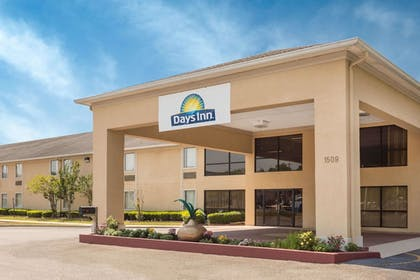 Exterior | Days Inn by Wyndham Vidalia