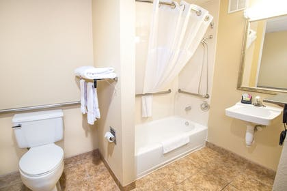 Bathroom | Barrington Hotel & Suites