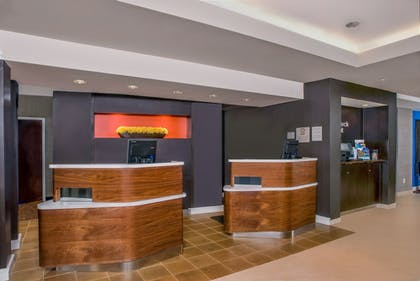 Reception | Courtyard By Marriott Tupelo
