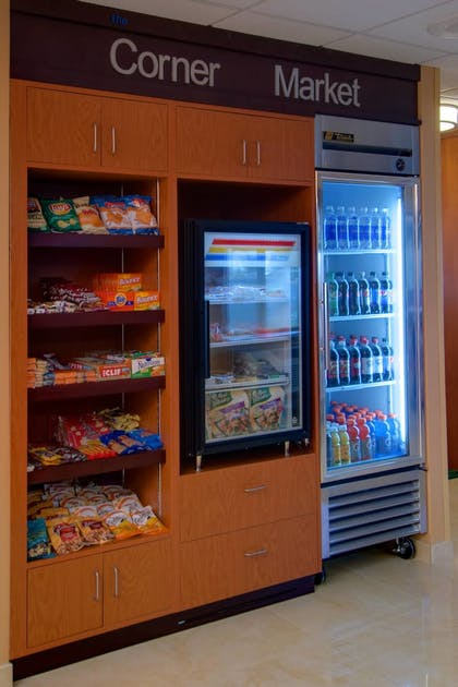 Snack Bar | Fairfield Inn and Suites by Marriott Denver Airport