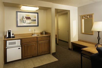 Living Area | Red Lion Inn & Suites Goodyear Phoenix