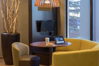 Breakfast Area | Courtyard by Marriott Anchorage Airport