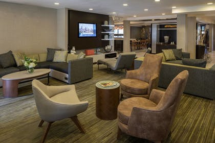 Hotel Interior | Courtyard by Marriott Anchorage Airport