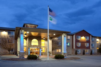 | Holiday Inn Express Hotel & Suites Scottsbluff-Gering