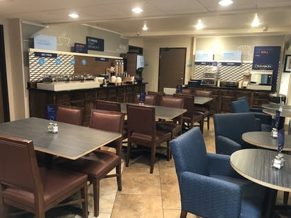 Restaurant | Holiday Inn Express Winnemucca