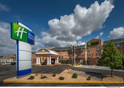 Exterior | Holiday Inn Express Winnemucca