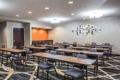 Meeting Facility | Comfort Inn & Suites Kannapolis - Concord