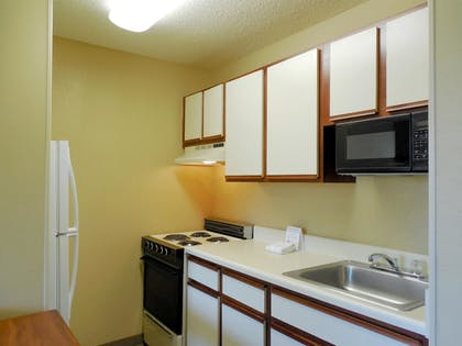 In-Room Kitchen | Extended Stay America - Dayton - Fairborn